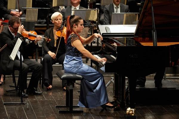 Orchestra Filarmonica Marchigiana - Leonora Armellini - 19 Novembre 2015